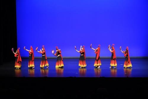 第五十五屆學校舞蹈節(群舞《天山鈴鼓》(新疆))